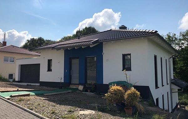 Kransberg Neubau Einfamilienhaus mit Garage