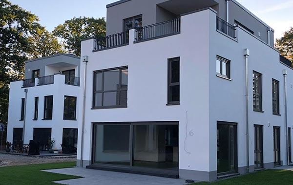 Kreuzenäckergärten Neubau drei Einfamilienhäuser